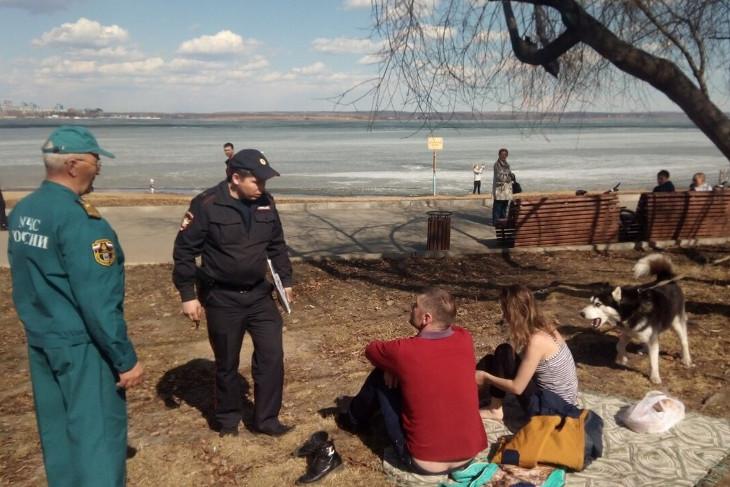 Четыре человека провалились под лёд в Иркутской области 27 апреля