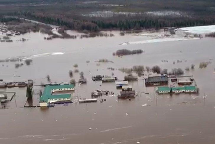 53 жилых дома подтопило в селе Преображенка Катангского района