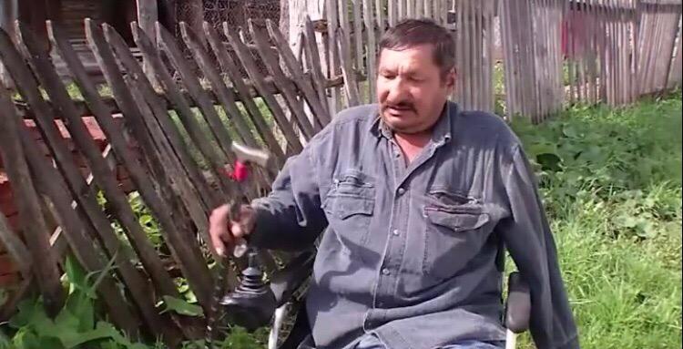 В Башкирии отменили штраф за высокую траву в огороде инвалиду без руки и ног