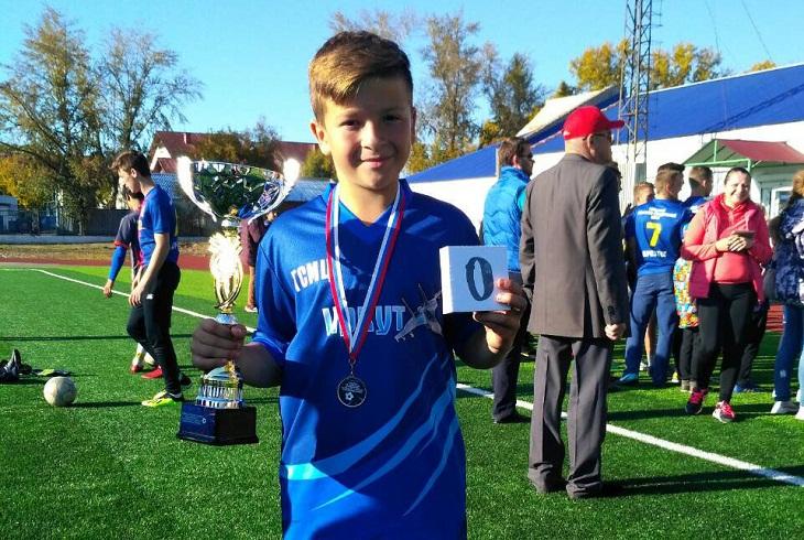 В Иркутске 11-летний школьник помог полицейским задержать похитителя телефона