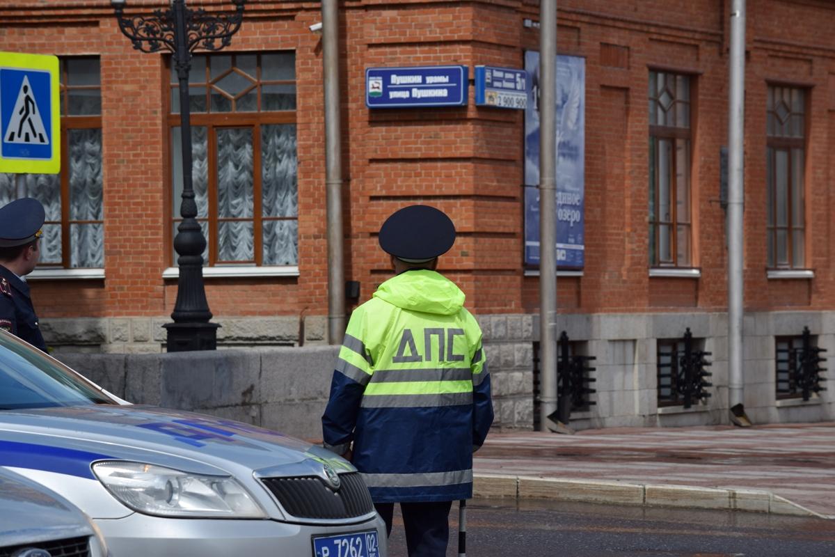 В Башкирии мужчину арестовали на 5 суток за нападение на полицейского
