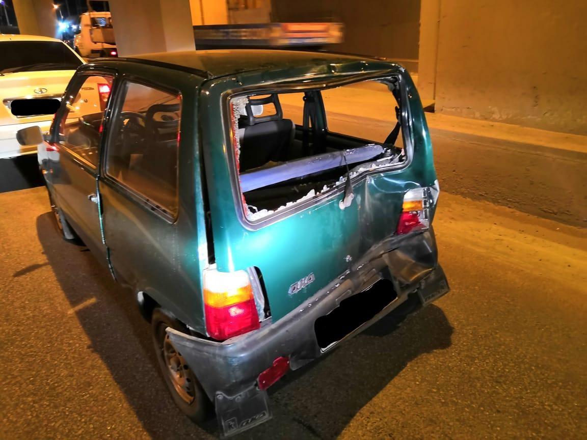 В Уфе грузовик сбил пешехода, который пытался вытолкать остановившийся из-за неисправности автомобиль