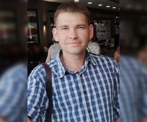 Уехал в неизвестном направлении: В Башкирии ищут 33-летнего Рустама Фаттахова
