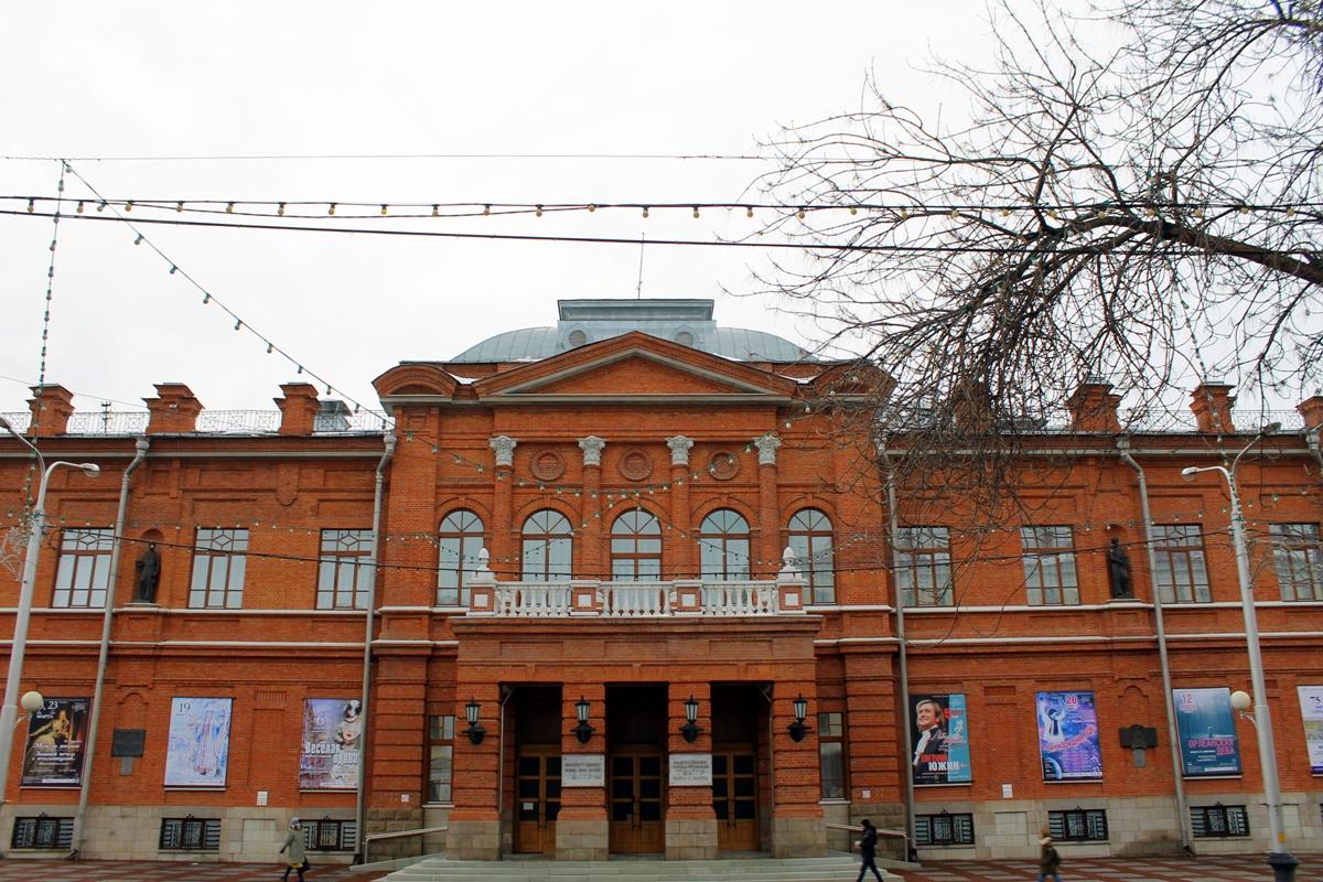 В Башкирию приедут знаменитые актеры театра