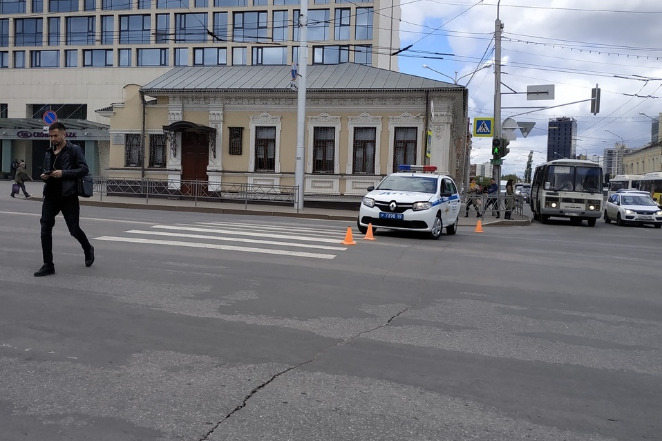 «Народ мечется»: Уфимцы возмущаются перекрытием проезда на улицах из-за забега