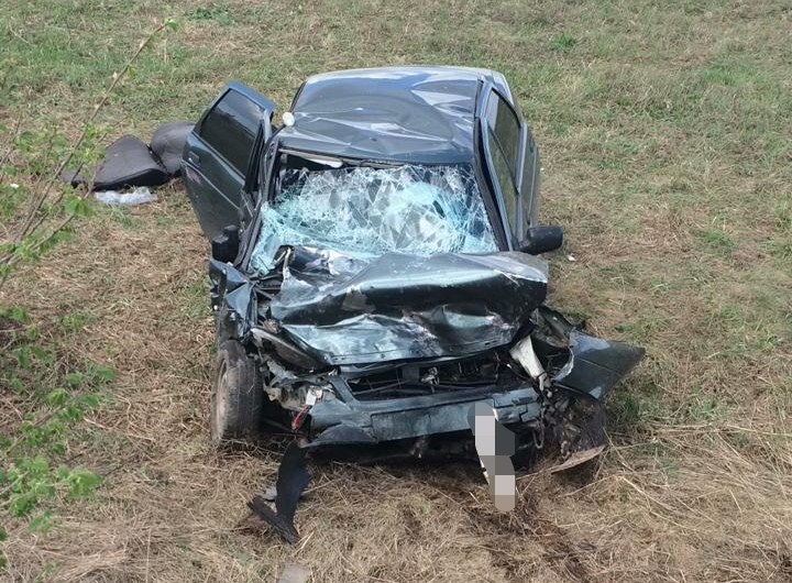 Сегодня в аварии на трассе в Башкирии погибли двое молодых парней