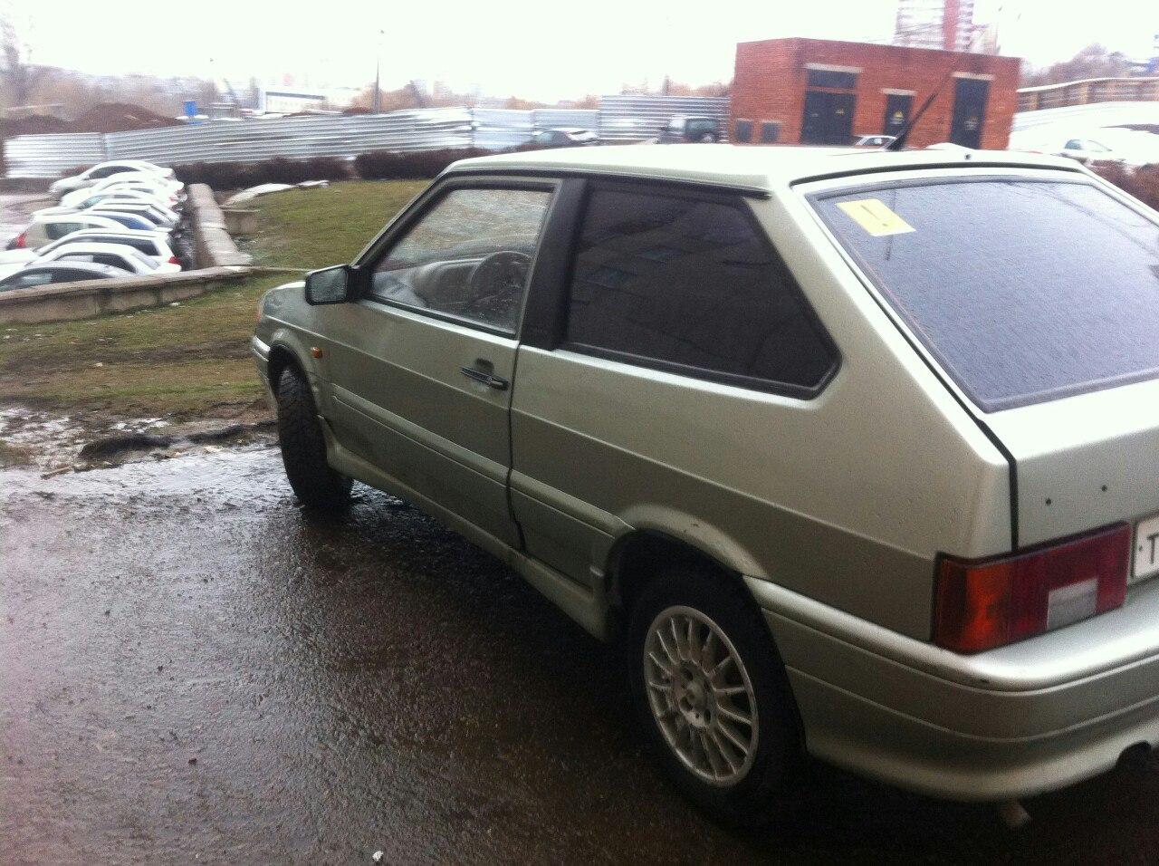 В Башкирии полиция ночью задержала толкающих чужую машину подростков