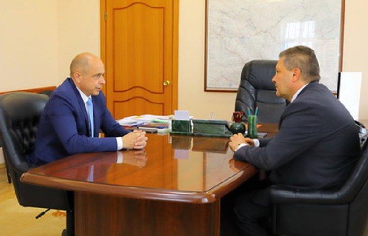Сергей Сокол обсудил с врио ректора ИГУ Александром Шмидтом начало приемной кампании в вузе
