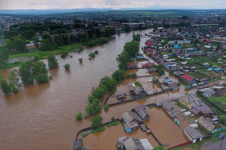 В пяти районах Иркутской области перекрыли дороги из-за подтоплений