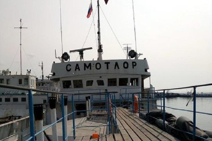 В Иркутске спустили на воду строящееся экосудно