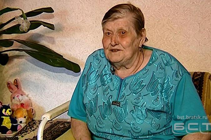 Пенсионерку из Братска, помогающую нуждающимся детям, пригласили на эфир к Андрею Малахову