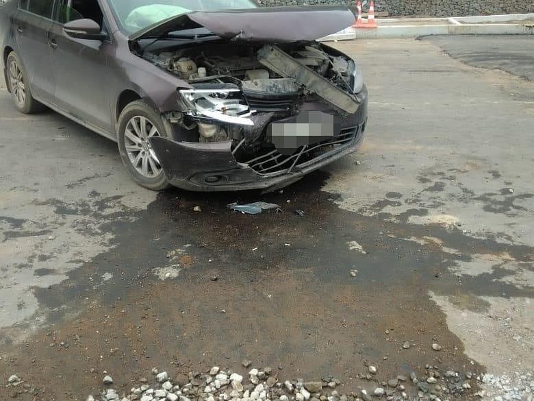 В Уфе столкнулись два автомобиля, есть пострадавшие