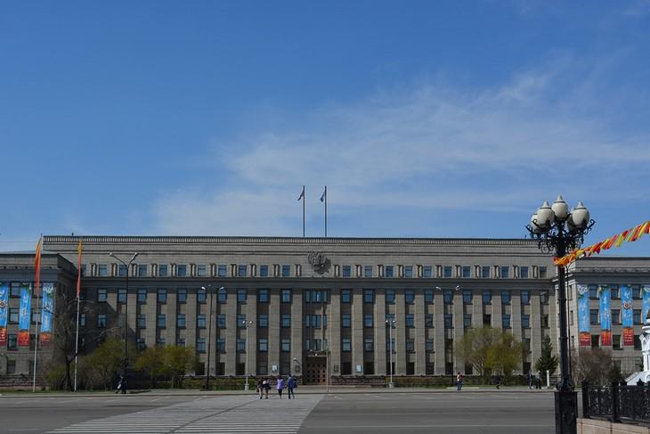 Охрану здания правительства Иркутской области оштрафовали за препятствие работе прокуратуры