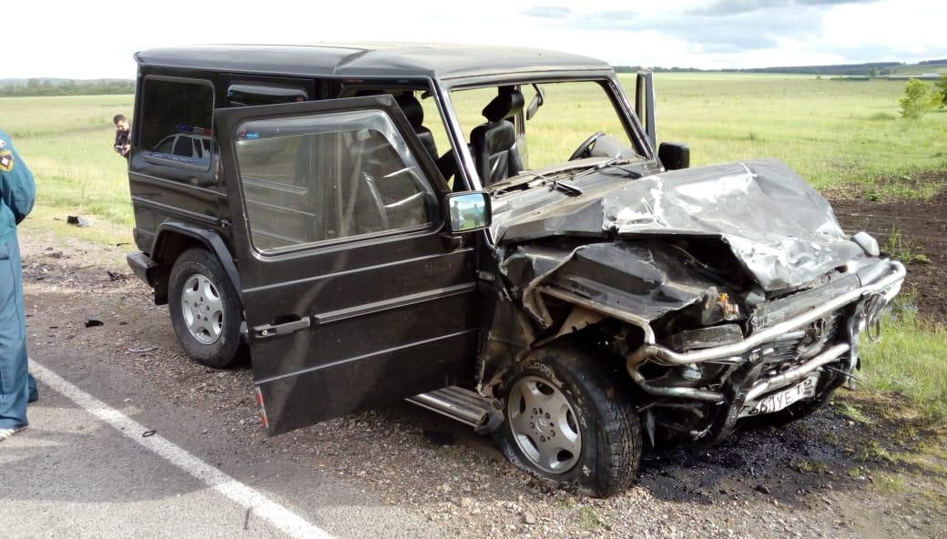 Вчера в Башкирии при лобовом столкновении на трассе Gelandewagen и «десятки» погибли два человека