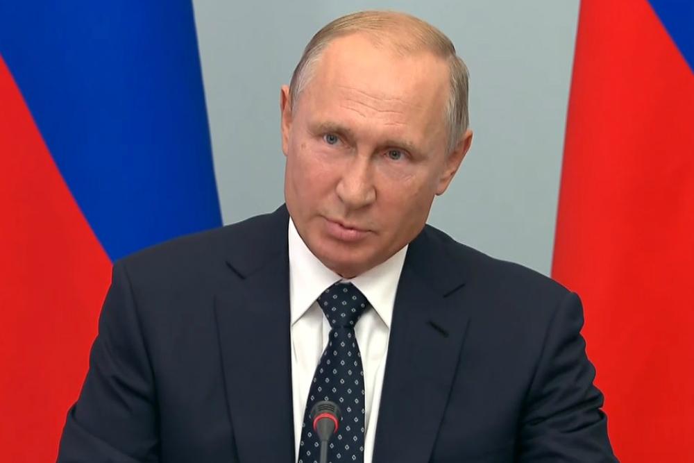Почему Константин Толкачев считает Путина «уникальным» лидером?