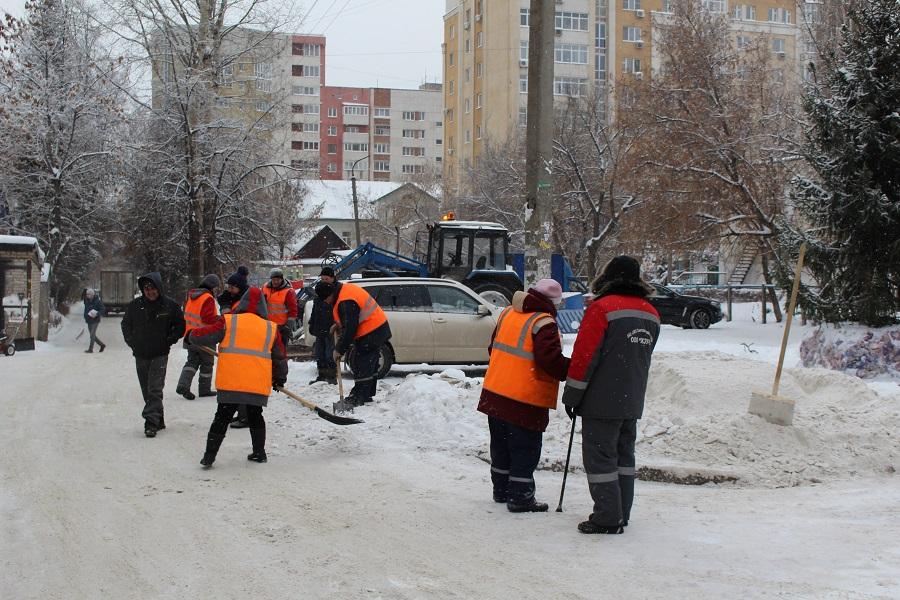 В Башкирии управляющая компания на протяжении полугода не выплачивала зарплату дворникам