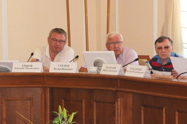 Ангарские власти хотят взять на себя контроль за ремонтом жилья в городе вместо Фонда капремонта