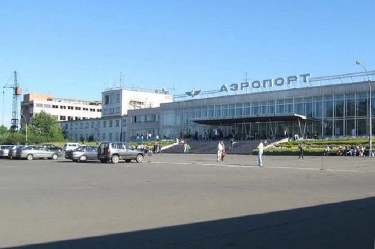 В аэропорту Братска вынужденно сел самолёт из-за смерти пассажирки на борту