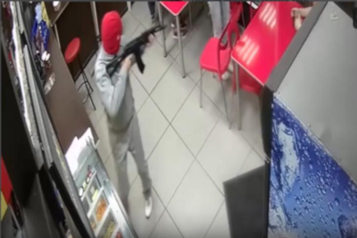 В Ангарске двое студентов инсценировали ограбление ради видео