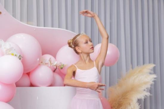 Юная артистка из Иркутской области поступила в Академию русского балета имени Вагановой