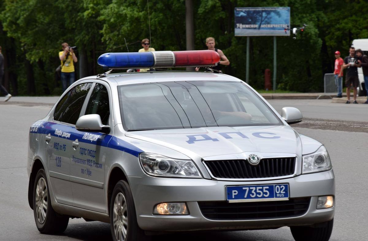В Уфе пьяная девушка угнала автомобиль друга и попала в ДТП