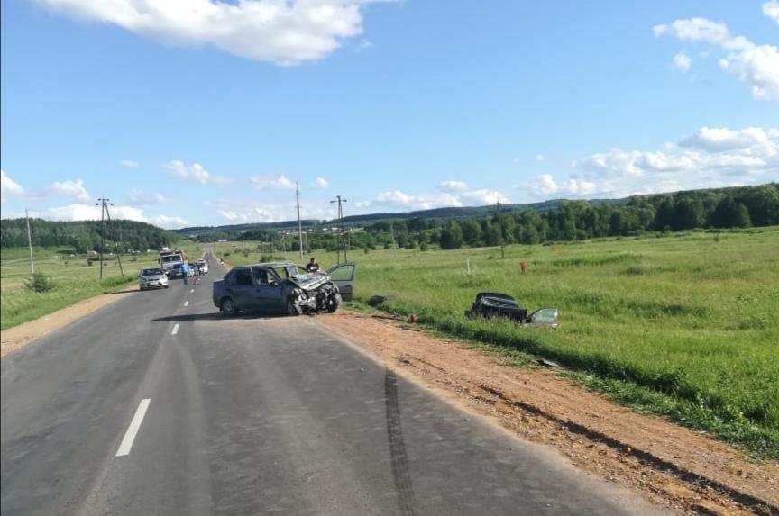 В Башкирии в ДТП пострадали 4 человека