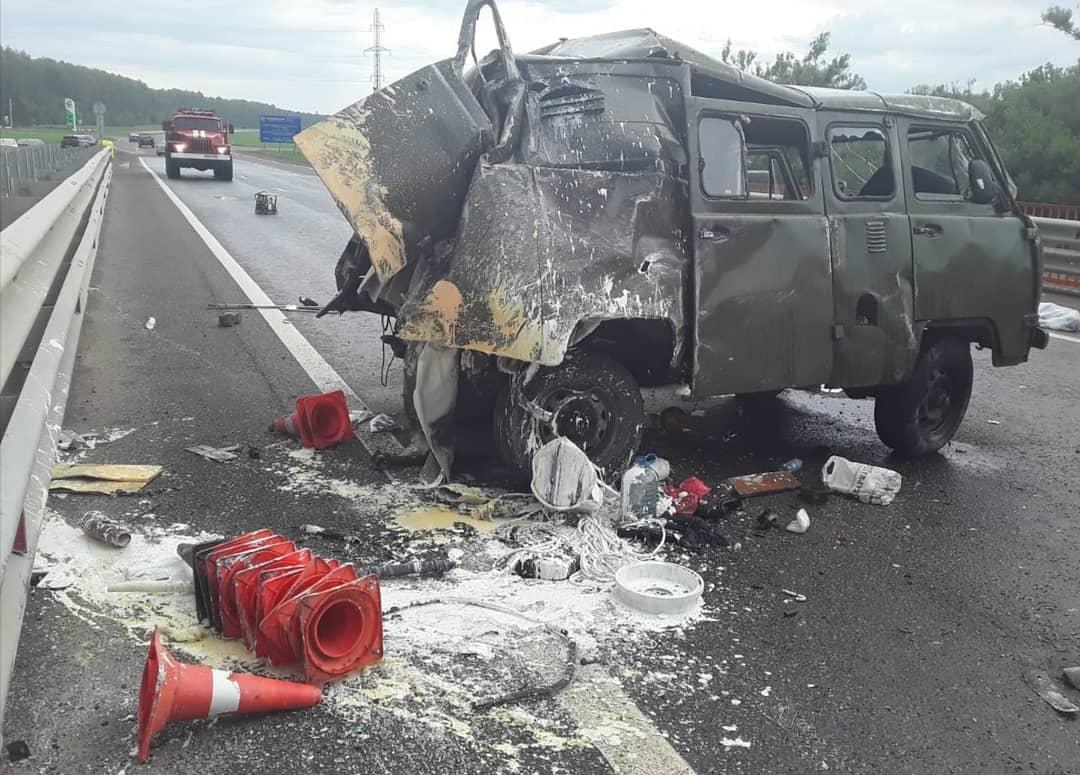 В Башкирии грузовик насмерть сбил бригаду дорожных рабочих