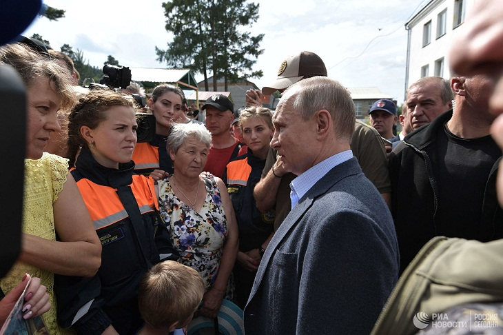 Президент обсудил с главой Иркутской области ситуацию с утраченным жильем