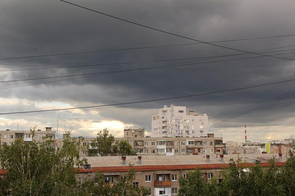 Неделя в Башкирии начнется с дождей и гроз