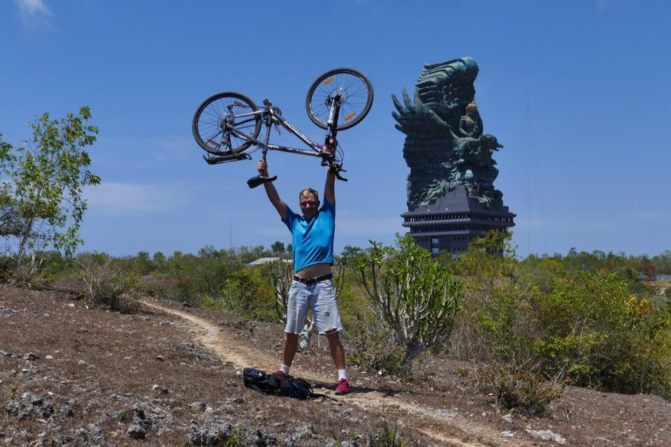 На велосипеде от Уфы до Лиссабона: История путешественника из Башкирии