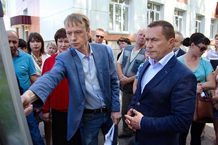 В Иркутске приступили к обустройству стадиона школы №73