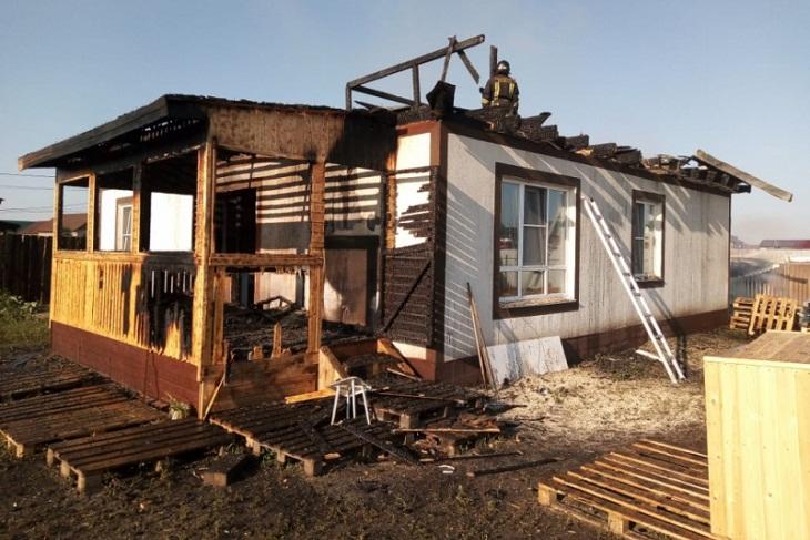 В Грановщине мужчина спас детей и пенсионера при пожаре в жилом доме