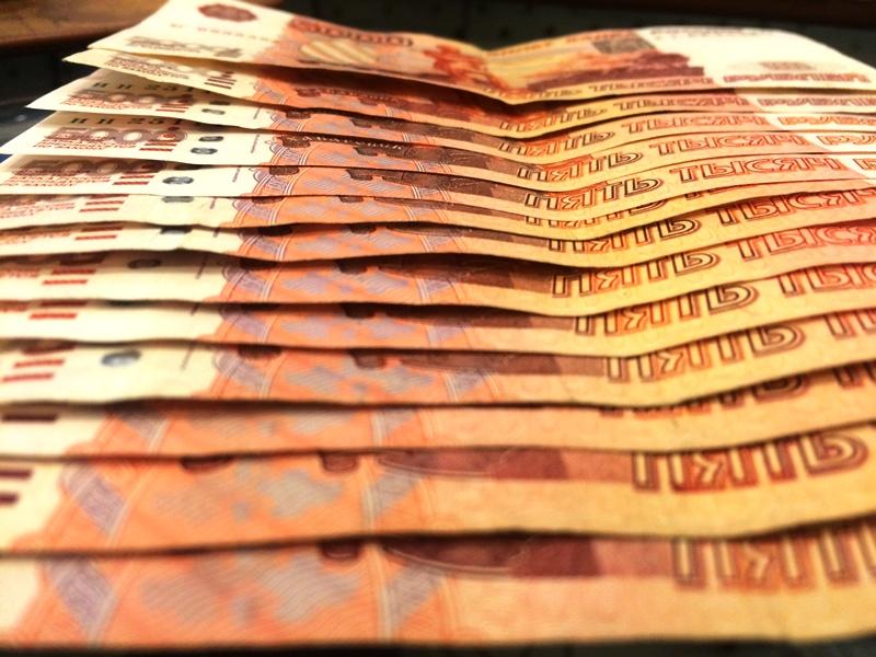 В Уфе предприниматель дал взятку полицейскому и пытался отобрать деньги при задержании