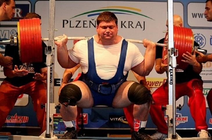 Иркутянин занял второе место на соревнованиях по тяжелой атлетике на Европейских играх