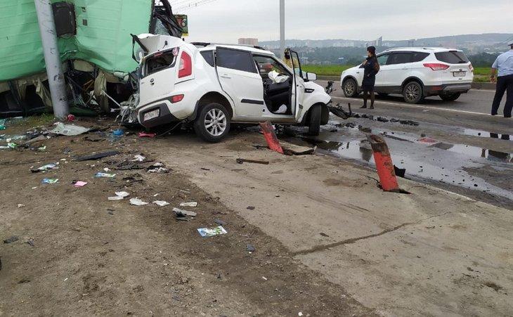 В Иркутске задержали водителя автобуса, устроившего аварию на ГЭС