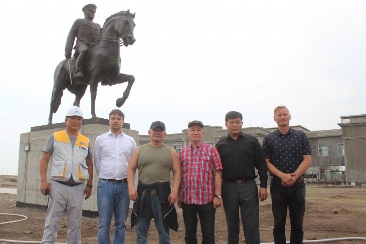 В Монголии установили копию скульптуры маршала Георгия Жукова, установленной в Солнечном