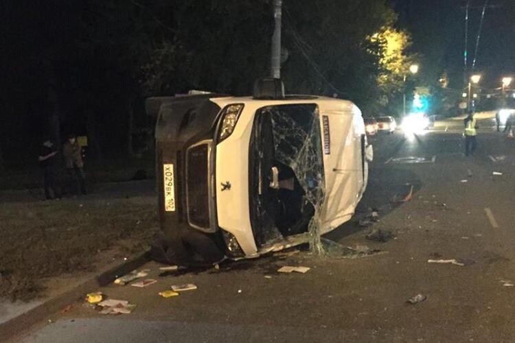 В больнице скончалась 17-летняя пассажирка микроавтобуса, следовавшего из Уфы в Нижневартовск
