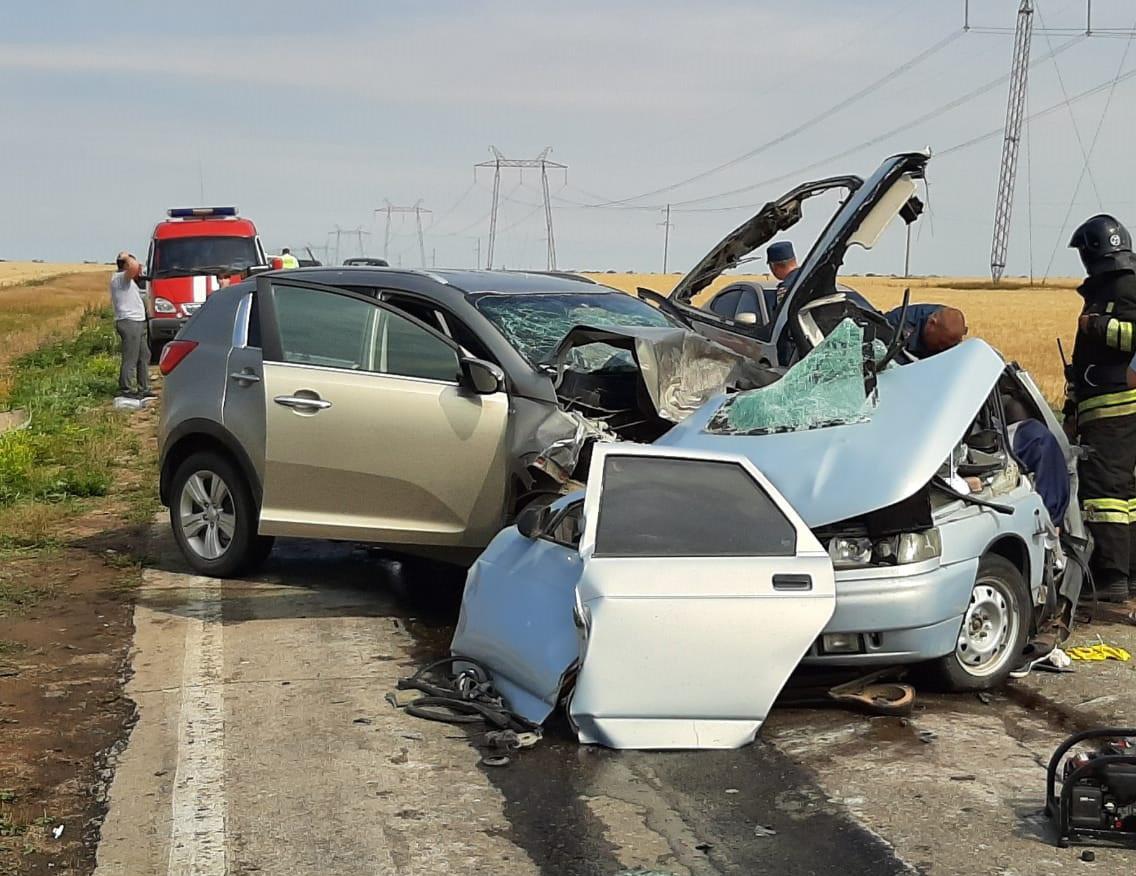 Сегодня в Башкирии в автокатастрофе погибла супружеская пара
