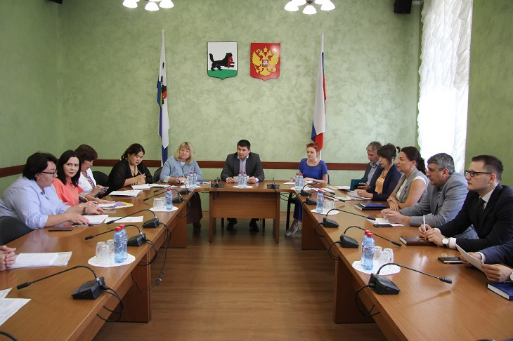 К уборке мусора в Иркутске подключат МУП «Спецавтохозяйство»
