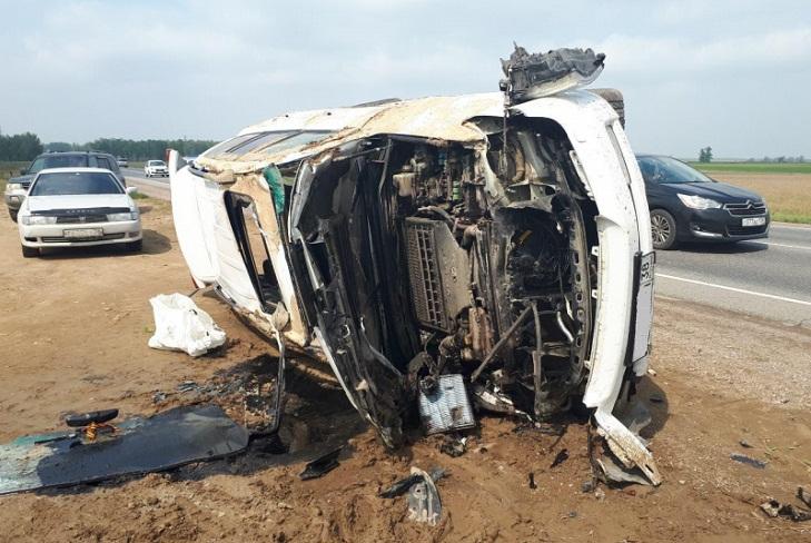 Пять человек пострадали при столкновении Toyota и Hyundai в Усольском районе