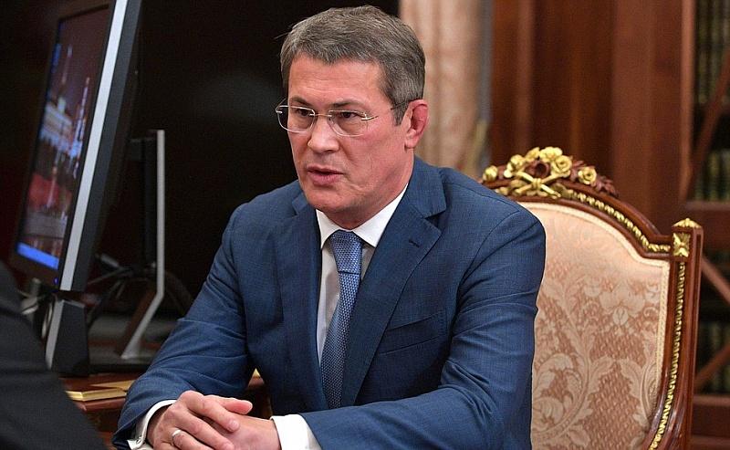 «Я к вам обращаюсь вообще-то»: Радий Хабиров остался недоволен поведением главы Баймакского района на оперативке в правительстве Башкирии