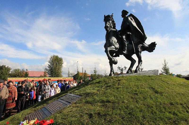 В Уфе объявили конкурс на создание памятника Минигали Шаймуратову