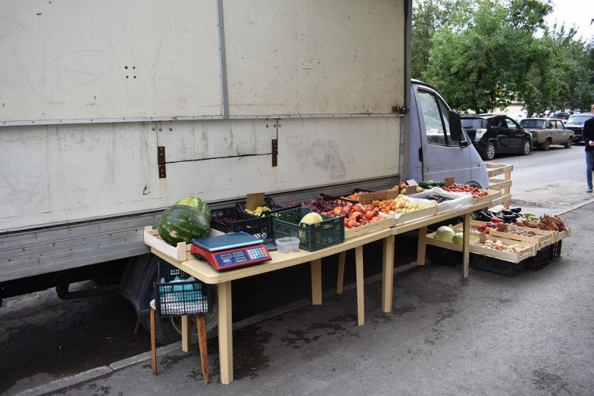 В Уфе задержали торговавших на улице мигрантов