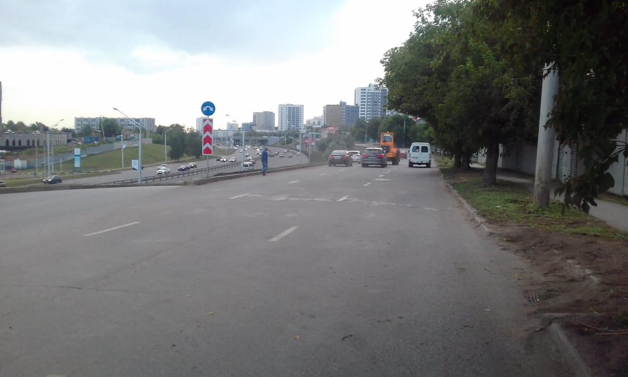 В Уфе после коммунальной аварии восстановили движение на улице Воровского