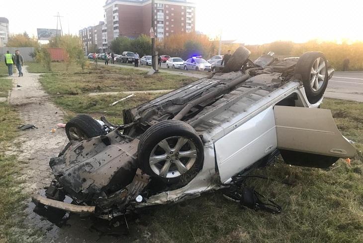 Девушка-пассажир погибла при опрокидывании Subaru в Ангарске