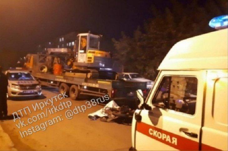 15-летний школьник погиб при столкновении мотоцикла и грузовика в Тулунском районе