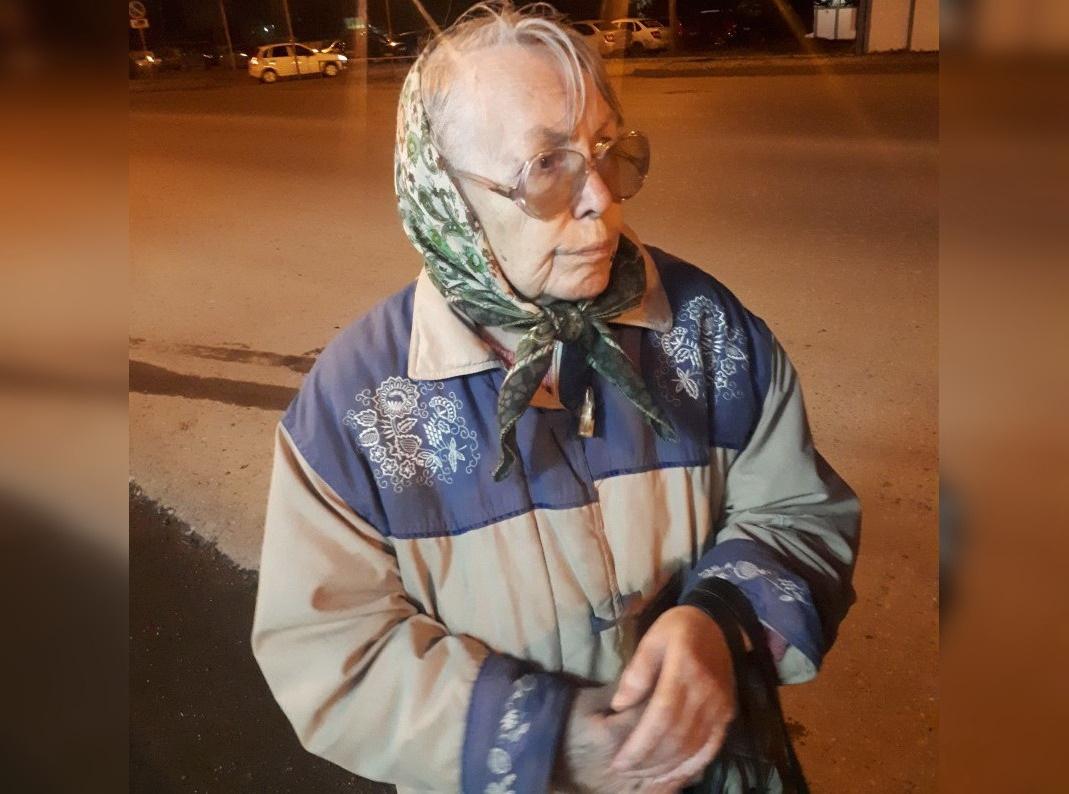 В Уфе найдена бабушка с дефектами речи – Горожан просят помочь