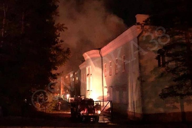 Детская музыкальная школа горела в Бодайбо вечером 27 сентября