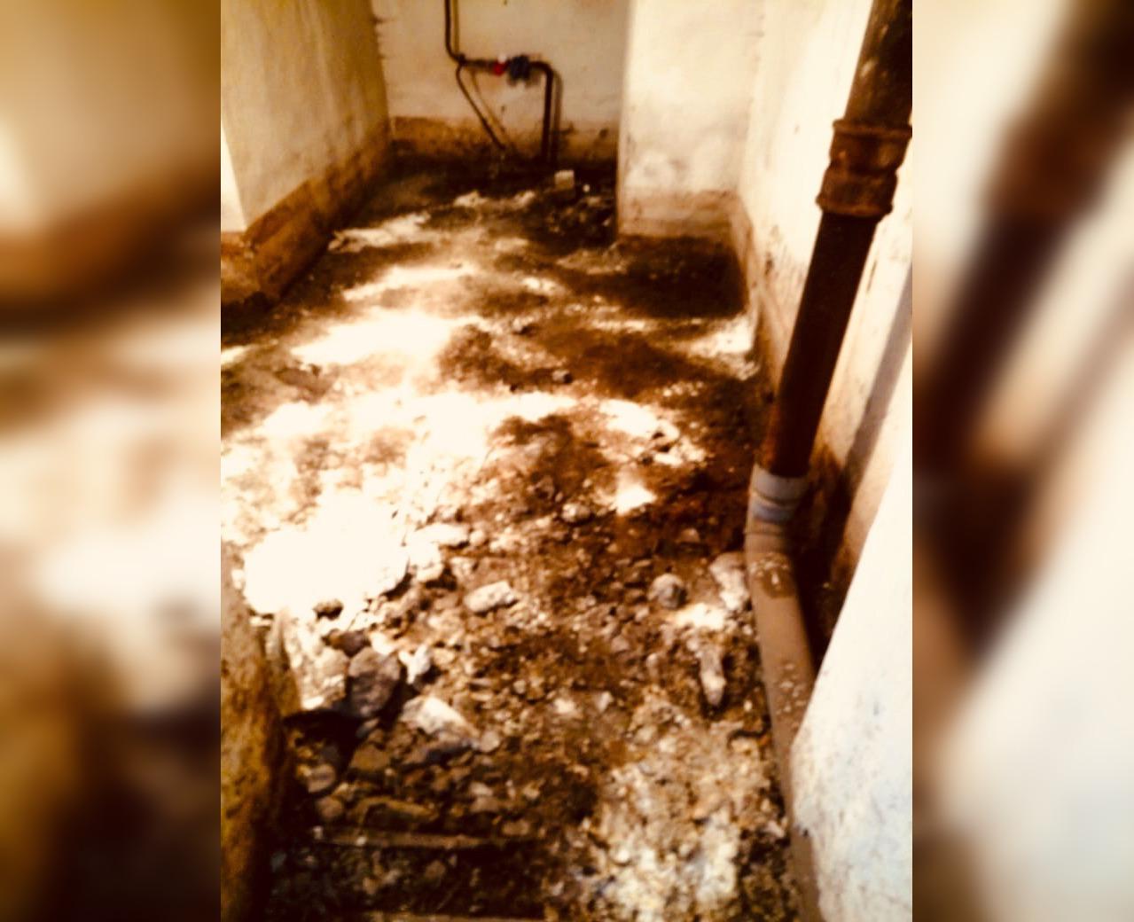 Жители Башкирии жалуются на разрушающийся дом и протекающую крышу