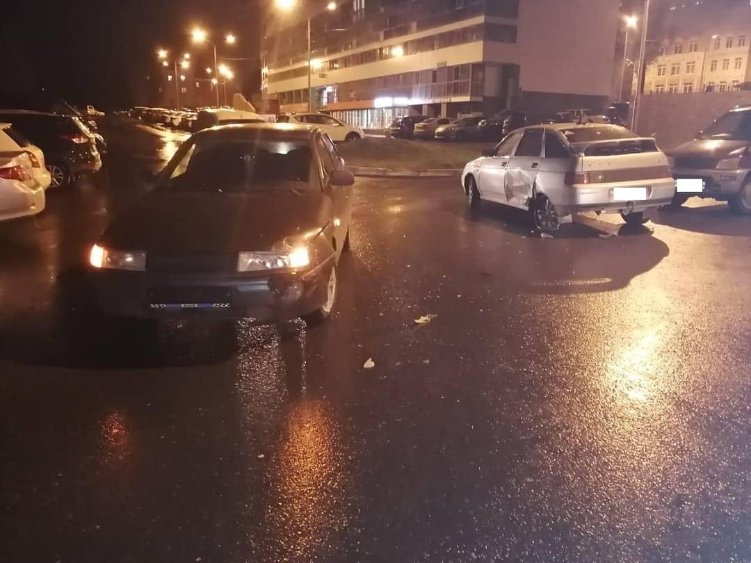 В Уфе двое несовершеннолетних пострадали в аварии